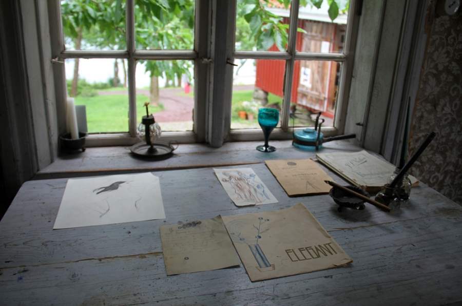 Munch - Window 2