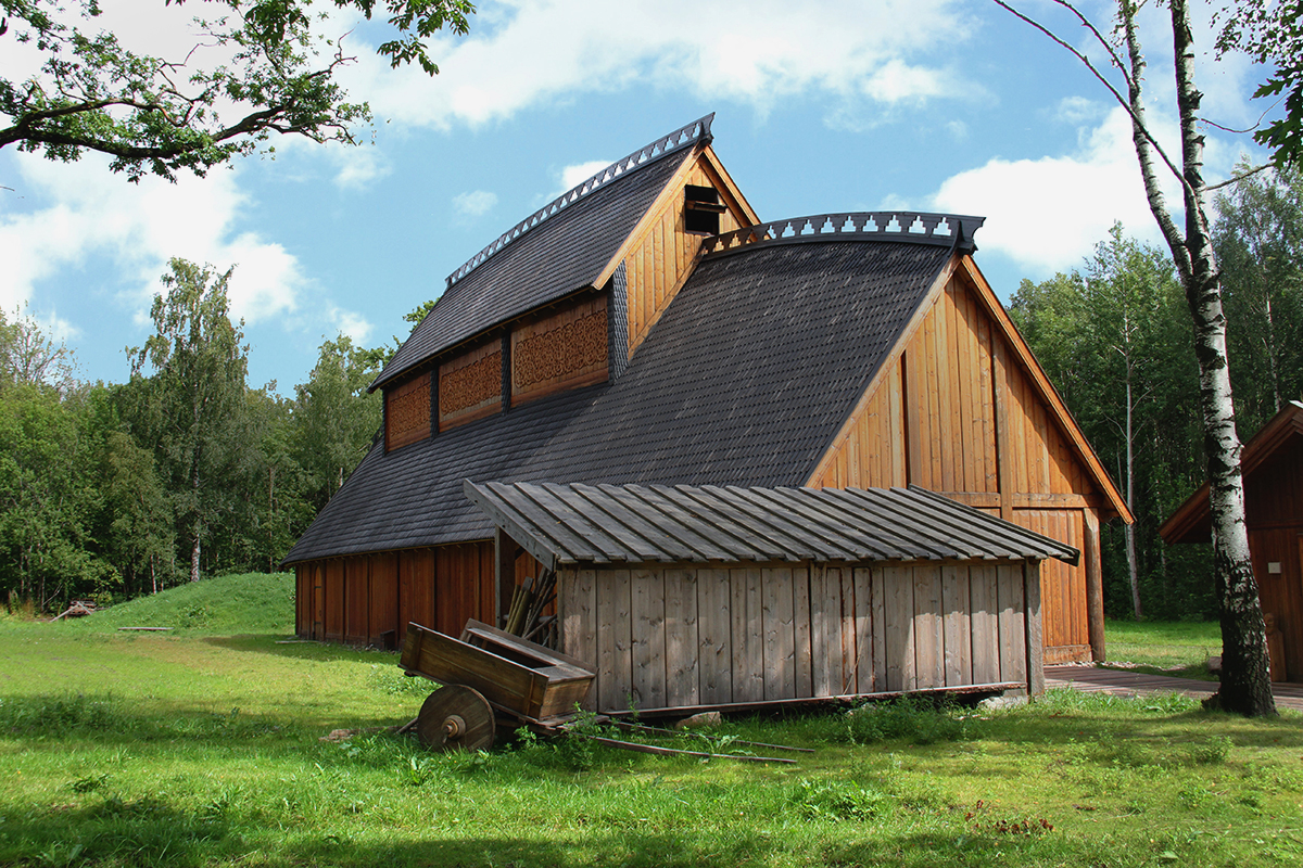 The viking longhouse norse roots for How long to build a house
